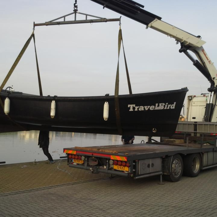 lifeboatcompany_reddingssloep_travelbird_transport.jpg